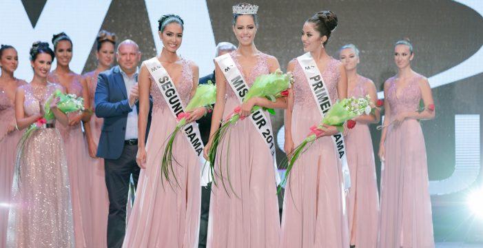Dámaris Cabrera se alza con el título de Miss Sur 2018 en Adeje