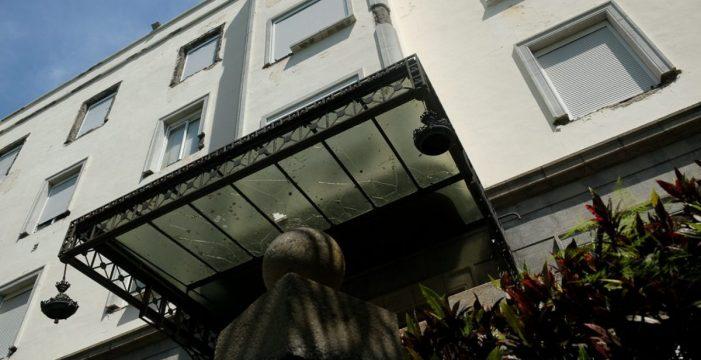 El primer gran hotel de España, en el Puerto de la Cruz, se cae a pedazos