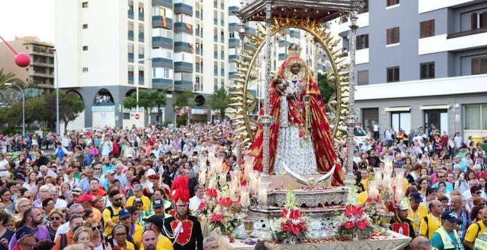 Prohibición de aparcar en Santa Cruz desde mañana y hasta el sábado por la peregrinación de la Virgen