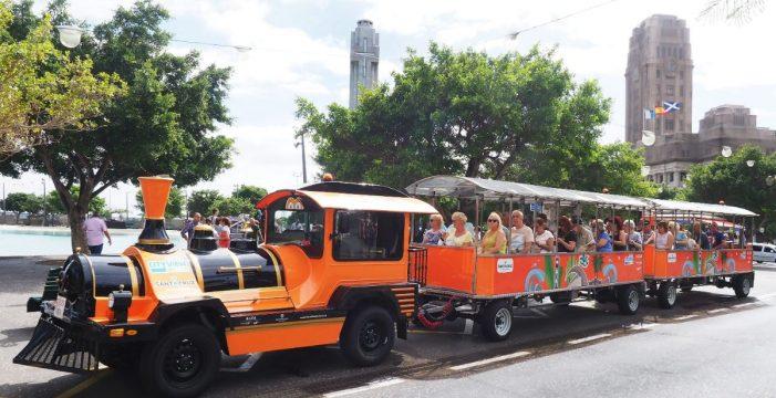 Más de 1.700 personas en Santa Cruz usan el tren turístico en una semana