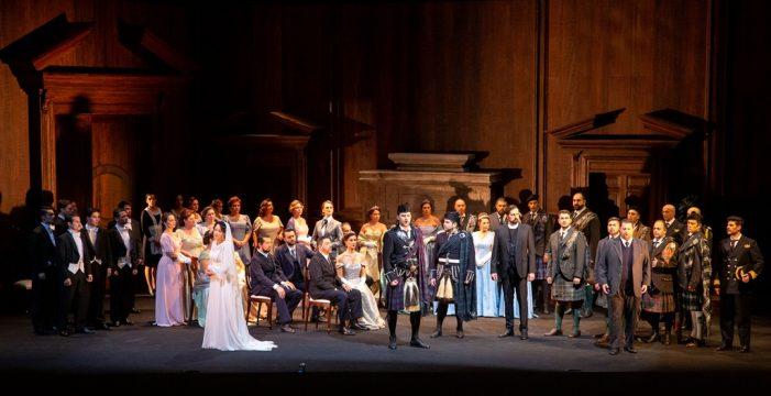 Ópera de Tenerife estrena mañana 'Lucía de Lammermoor', de Donizetti, con la participación de Irina Lungu y Celso Albelo