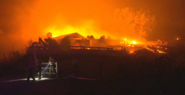 Al menos 31 muertos y miles de evacuados en los incendios más destructivos de la historia de California