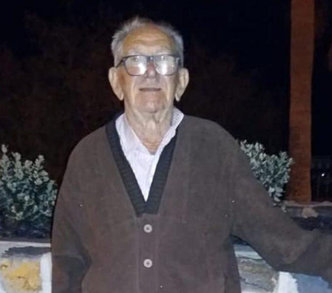 Domingo, el anciano que vivía en su furgoneta, pasó al fin la noche en una casa de Candelaria con vistas al mar