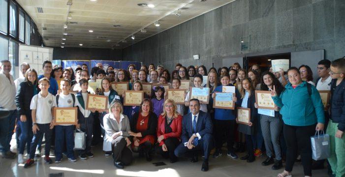 El Gobierno de Canarias distingue a 27 centros escolares por su compromiso medioambiental