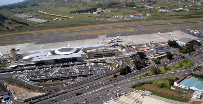 Los aeropuertos operan con normalidad con grupos electrógenos