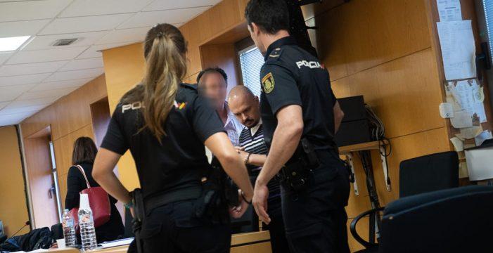 """Declaran culpable al acusado de golpear """"repetidamente"""" hasta la muerte a su pareja en La Laguna"""