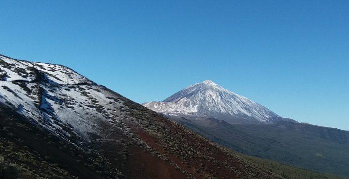 La Aemet anuncia que hoy caerá la primera nevada del año en el Teide