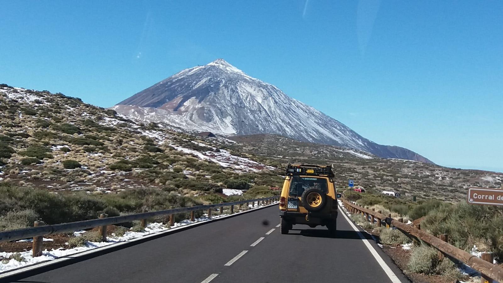 Detienen a tres jóvenes por robar a turistas en el Parque Nacional del Teide