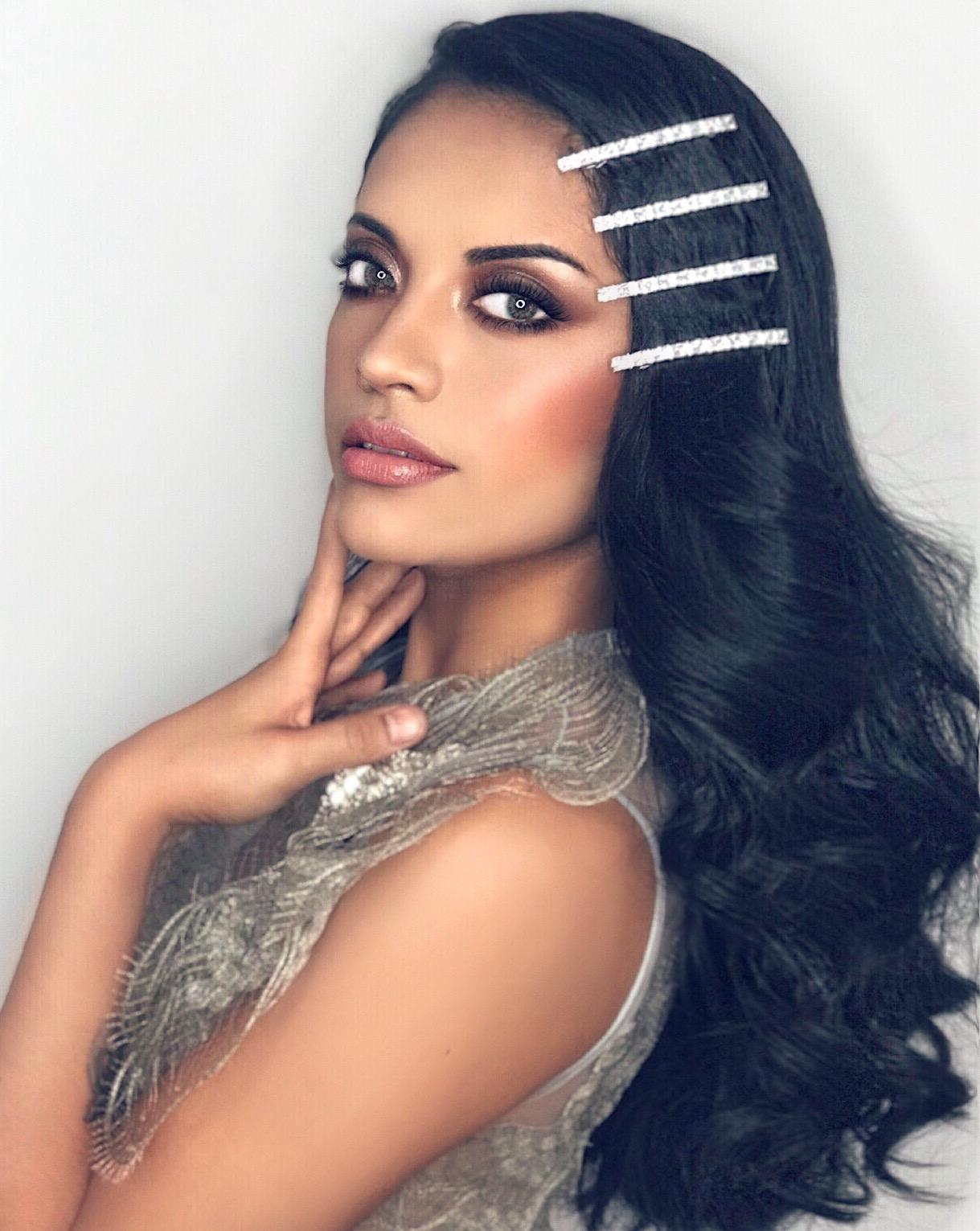 Yarella Cerdá Reyes, concursante de Quiero ser Reina. Estilismo por Marc Philguer, vestuario y complementos de Marco&María