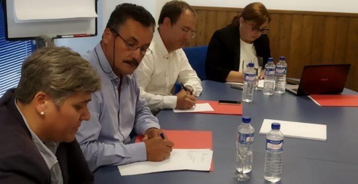 Los cinco alcaldes socialistas dan plantón a Fernando Clavijo y cierran filas con Pestana
