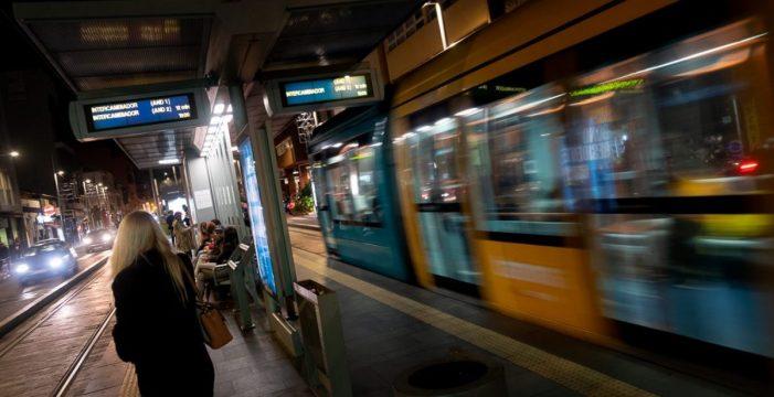 La huelga en el tranvía continúa ante la falta de acuerdo entre las partes