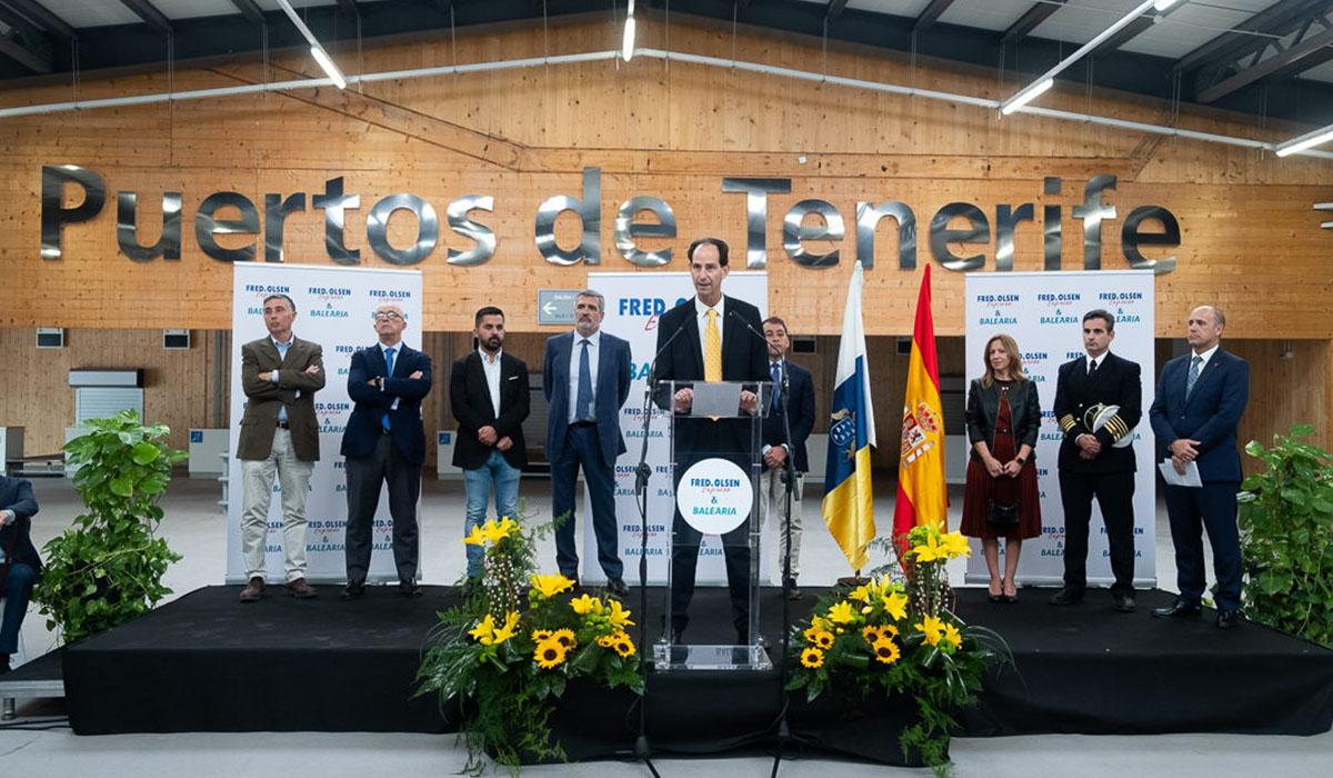 Las navieras Fred. Olsen Express y Baleària incorporarán el primer ferri propulsado por motores duales de gas en las rutas que operan entre Huelva y Canarias