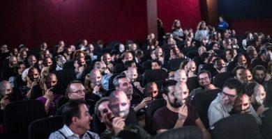 El Festival Isla Calavera sorprende al público con caretas de 'Darkman'