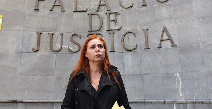 """Ángeles, la madre canaria que lucha por el Orkambi para su hijo con fibrosis quística: """"Prefiero estar cabreada que llorando"""""""