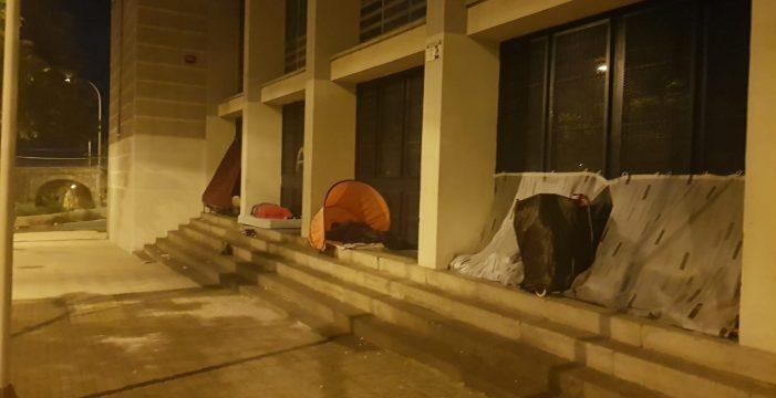 Mantas y calzado para las personas sin hogar del Pancho Camurria
