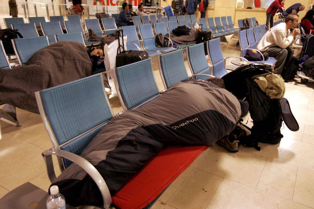 salas de espera de la terminal del aeropuerto de Los Rodeos_720 TORMENTA DELTA