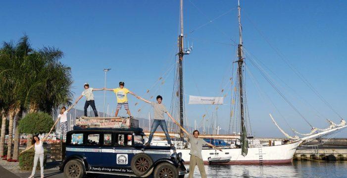 18 años de viaje por el mundo: la familia Zapp hace escala en Tenerife antes de zarpar en su velero hacia América