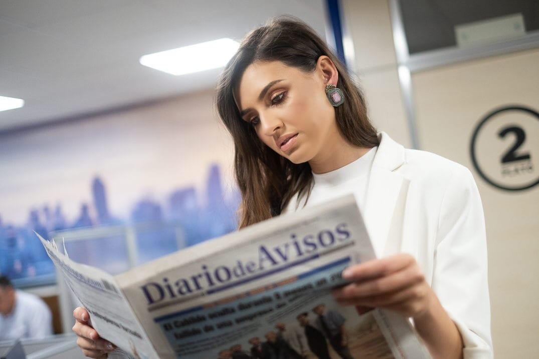 Ariadna Fregel visita la redacción de DIARIO DE AVISOS