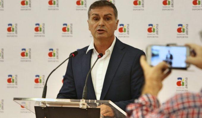 """Roque, concejal de Deporte de Arona: """"La San Silvestre Golden Mile promueve los valores del deporte"""""""