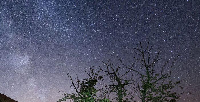 Graban espectaculares imágenes del cielo de Tenerife, uno de los mejores del mundo