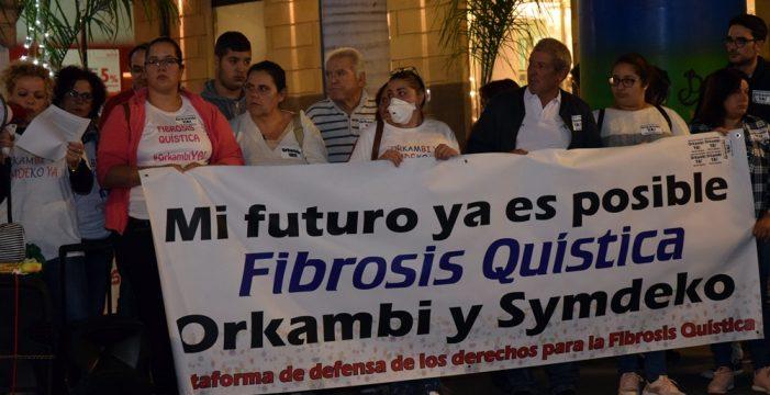 Los afectados por la fibrosis quística vuelven a salir a la calle para solicitar el Orkambi
