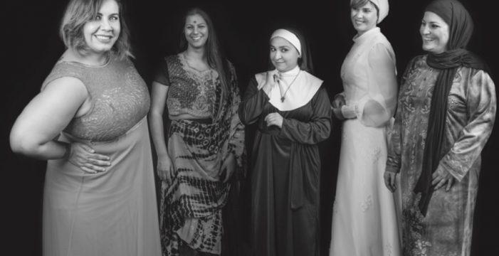 Las Curvys Fashion vuelven a triunfar en 2018 con un calendario por la integración y la tolerancia