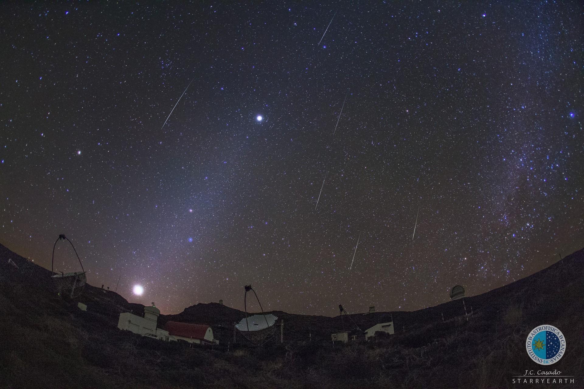 Lluvia de estrellas en el Teide. / EP