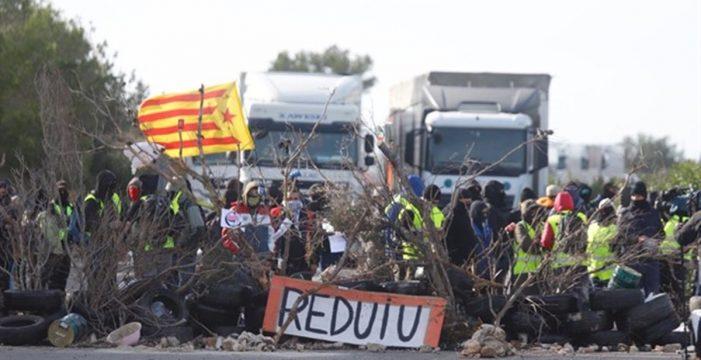 La sombra del 155, los CDR y la vía eslovena ponen a Cataluña en ebullición