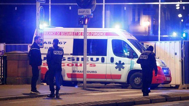 """Eurodiputados españoles, atrapados en el Parlamento tras el tiroteo en Estrasburgo: """"Estamos bien"""""""