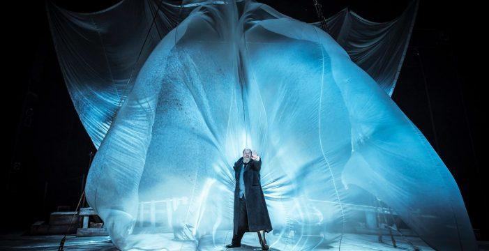 José María Pou protagoniza 'Moby Dick' en el Teatro Guimerá