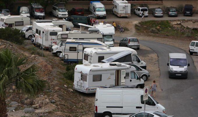 Exigen al Cabildo que intervenga en la regulación de las autocaravanas