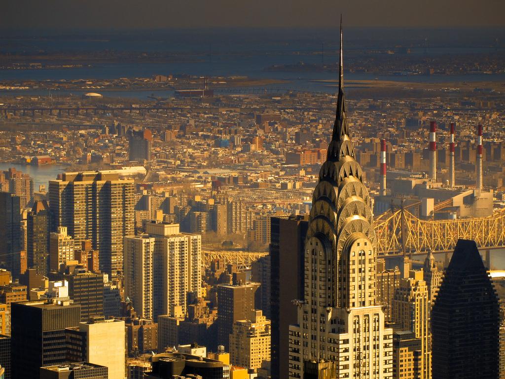 Uno de los rascacielos más emblemáticos de Nueva York cuelga el cartel de 'Se vende'. / FLIKR