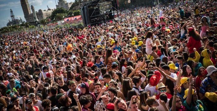El Parlamento pide al Gobierno de Canarias detectar en las analíticas periódicas a los 14 años el consumo de drogas