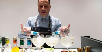 Royal Bliss imparte nociones de coctelería a 36 alumnos de la Cámara de Comercio de Tenerife