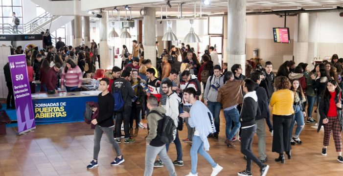 La vacunación de alumnos de ESO y Bachillerato comenzará dos semanas antes del curso