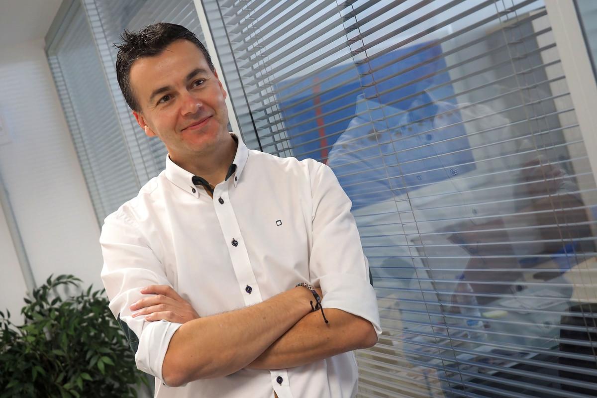 Héctor Gómez, Director general de Turespaña y secretario de relaciones internacionales del PSOE / Foto: Sergio Méndez
