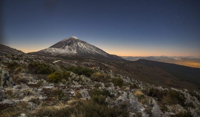 Así de espectacular luce el Teide tras la primera nevada
