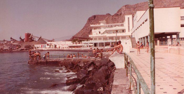Solo los recuerdos mantienen en pie al antiguo Balneario de Santa Cruz