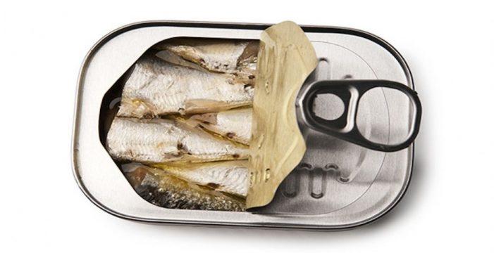 Retiran más de 24.000 latas de sardinas ante un posible defecto de esterilización