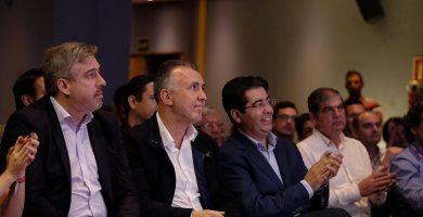 Martín y Torres 'velan armas' para las listas del PSOE al Parlamento