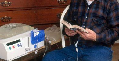 Los pacientes de diálisis peritoneal domiciliaria bajan en las Islas