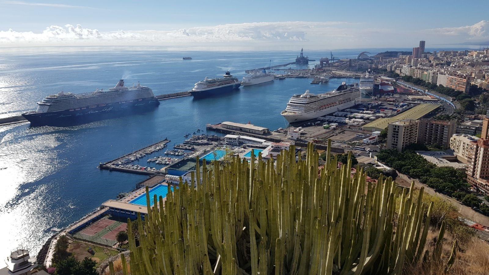 Los puertos de Santa Cruz de Tenerife cerrarán 2018 con un récord de más de seis millones de pasajeros. / EP