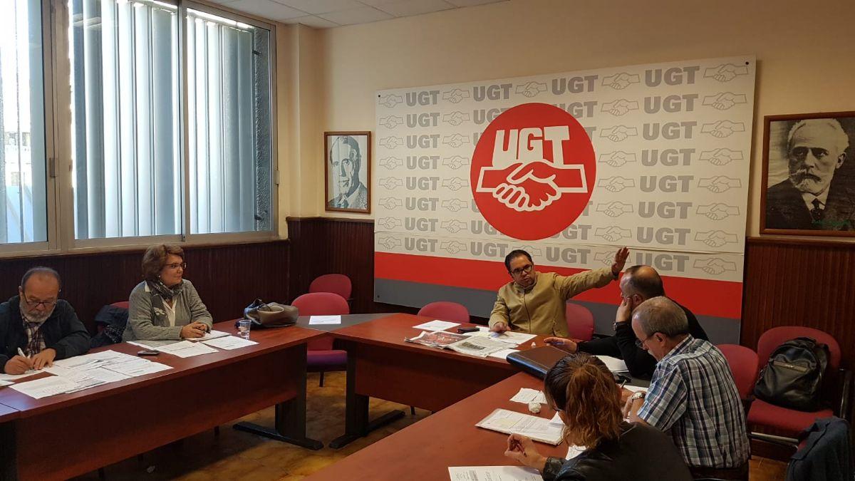 Reunión de la ejecutiva de UGT-Canarias, presidida por Gustavo Santana. DA