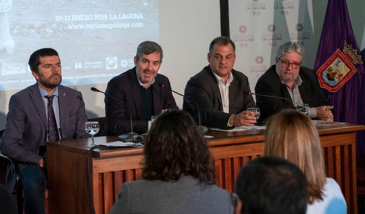 Fernando Clavijo, José Alberto Díaz y Juan Manuel Palerm, ayer en La Laguna. DA