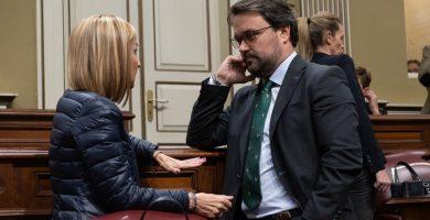 Antona (PP) enseña a Rodríguez (CC) el camino de los incumplimientos