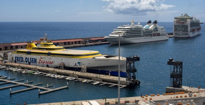 El tráfico de cruceros, un recurso esencial para la economía insular