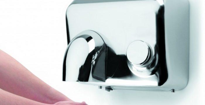 Papel o secador, ¿qué es más higiénico a la hora de secarse las manos?