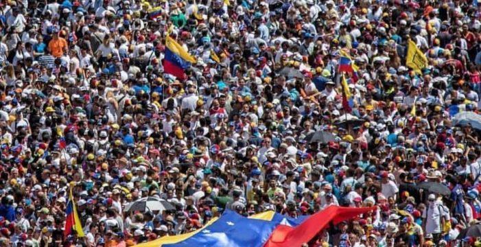 España destinará 650.000 euros de ayuda humanitaria para los venezolanos a través de ACNUR y Cruz Roja