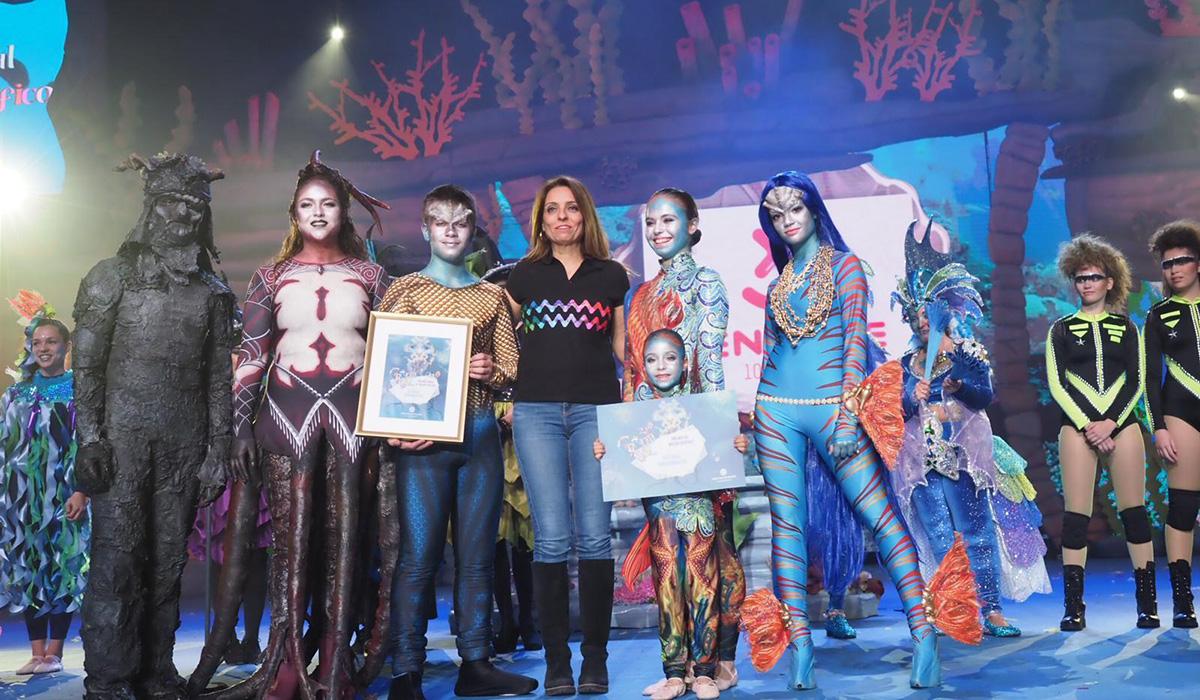 El grupo Loli Pérez logra el premio al Mejor Disfraz en el concurso Coreográfico