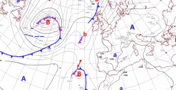 Así se acerca a las Islas el frente frío que llegará el viernes